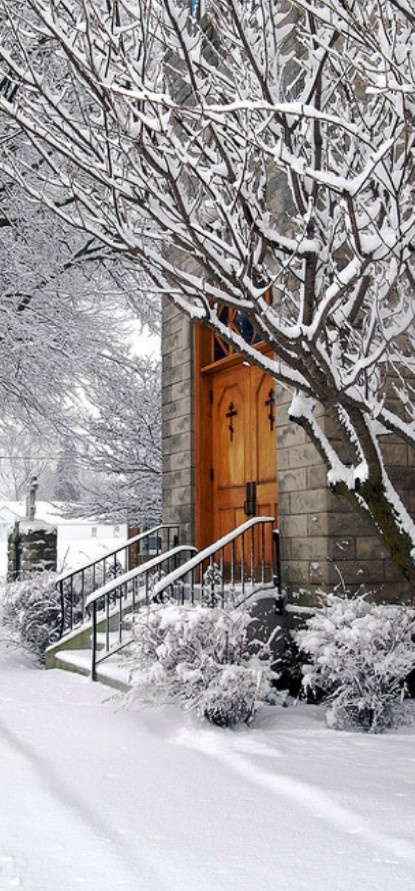 Church on a snowy morning in Marblehead, Ohio • photo: Terrance Vacha on Flickr