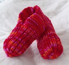 Childens knitted slippers, gives instructions for length