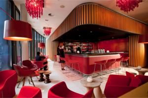 SWISSÔTEL BERLIN WITH NEW LOBBY AND BAR DESIGN CONCEPT