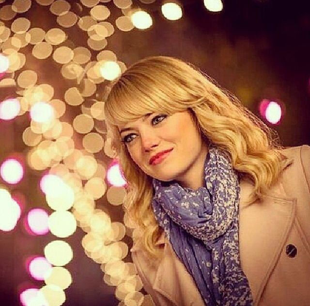 Gwen Stacy (Emma Stone) is beautiful. << true dat.
