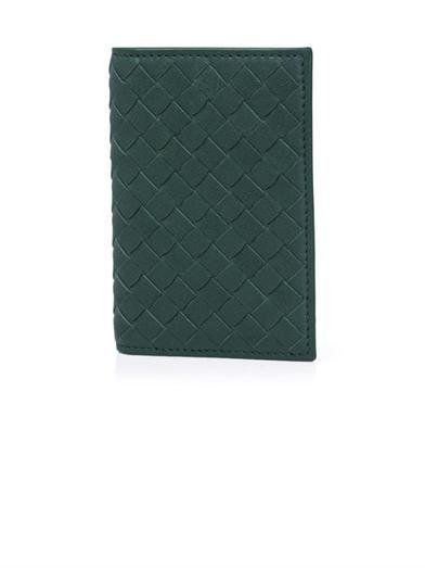 Intrecciato-woven leather card holder   #BottegaVeneta