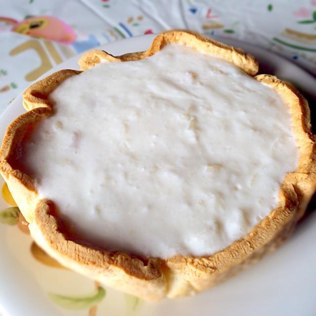 HMでスコーンを作った材料でタルト生地を作ってみましたᐠ( ᐝ̱ )ᐟ 思ってたより膨らんで厚みが出ました(´・ૄ・`) 市販の4パックセットのフルーツヨーグルトを使ってフィリングを作りました♩ 冷え固まるの待ちです٩( ᐛ )و - 118件のもぐもぐ - 試作品☆フルーツヨーグルトdeタルト by macheriiiangexx