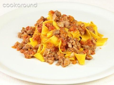 Pappardelle al ragù d'anatra: Ricette di Cookaround | Cookaround