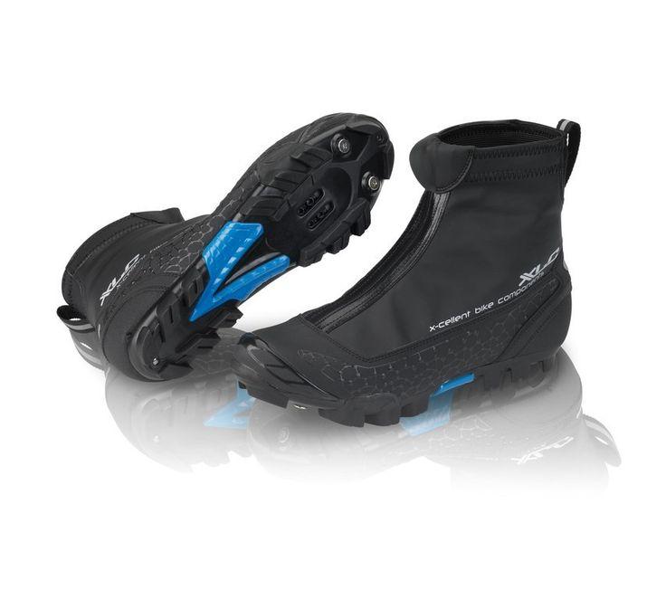 Zapatillas de invierno para ciclismo CB-M07  Con las zapatillas de invierno de XLC se garantiza que a bajas temperaturas se conserven los pies calientes y sin verse afectado el confort. Material superior de Lycra y Superroubaix y además impermeable. El material extra Fleece garantiza un óptimo aislamiento. Cremallera YKK impermeable.