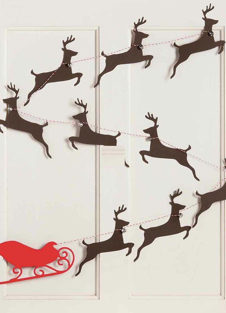 Sleigh and Reindeer garland