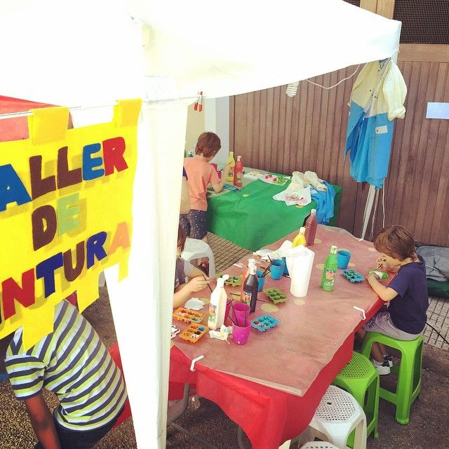Taller de pintura para niños en #Benialí #ValldeGallinera #MarinaAlta #Alicante #Spain #Cherries #Cherry #party #festadelacirera #valterra #turismo #turismorural #rural #casa #casarural #tradiciones #agua #pueblos #mediterráneo