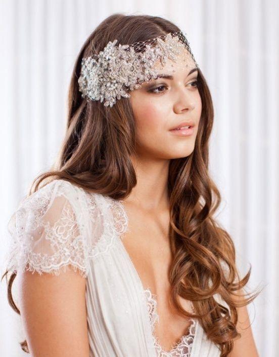 Tocados y peinados para novias de pelo suelto