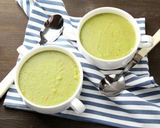 Soupe de poireaux au Boursin® : http://www.fourchette-et-bikini.fr/recettes/recettes-minceur/soupe-de-poireaux-au-boursinr.html-0