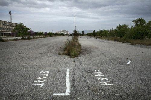 Due fotografi alla scoperta di Cipro: l'isola che gira su se stessa