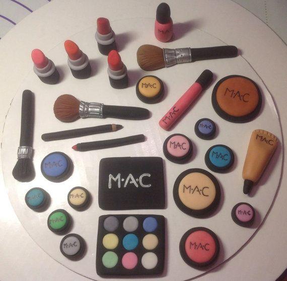 Makeup cosmetics Fondant Cake Topper Set von AfterHoursCakery