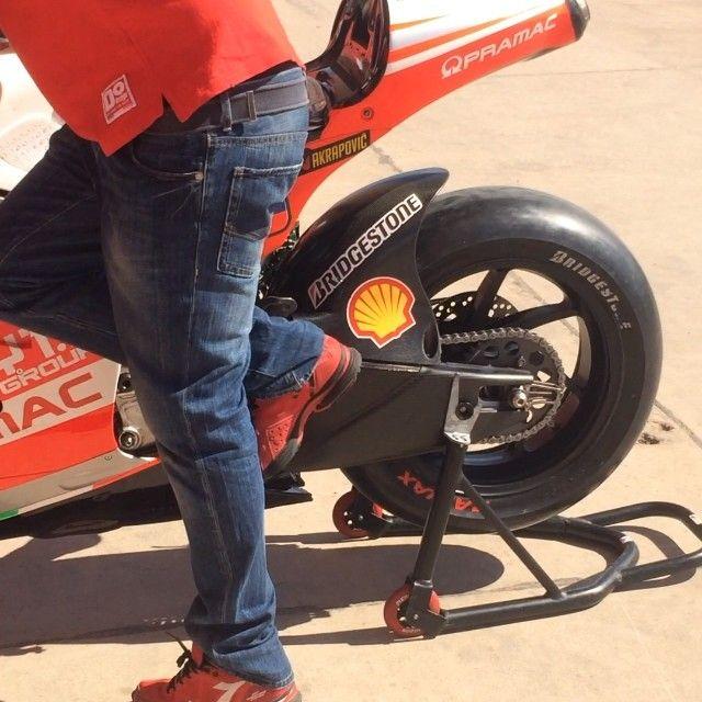 Una pequeña aceleradita antes de la carrera  @yonny68 #argmotogp #motogpargentina
