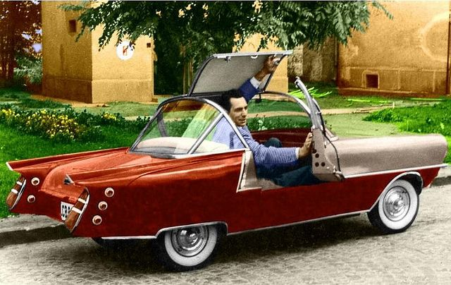Festival 300cc 1960. Made in Hungary by Kálmán Szabadi. This two-seater with a 300cc Isetta engine was inspired by the American fintailed retro-future designs. The size however was humble: 315 cm in length and 115 cm high. Probably only two cars were built.  B photo colorized.