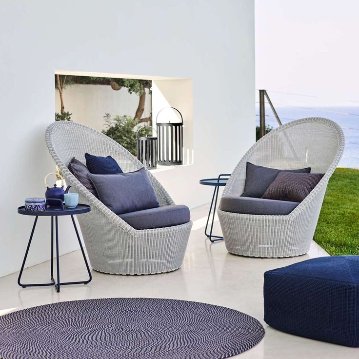 As soaking up the sun is a relaxing experience, so is sitting in the Kingston Sunchair with Wheels.