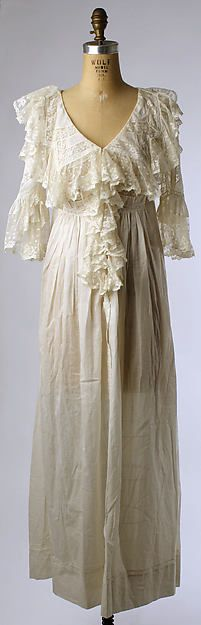 Wedding lingerie Date: 1901 Culture: American Medium: cotton, silk collection of Metropolitan Museum of Art, New York