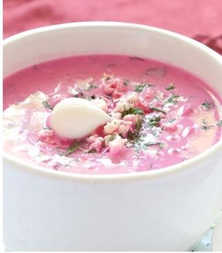 Soupe à la pomme de terre vitelotte _ http://www.cuisineaz.com/dossiers/cuisine/soupes-legumes-anciens-13775.aspx