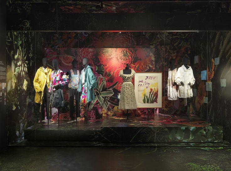 SPORT COUTURE theme - Dries Van Noten Inspirations @ MoMu Fashion Museum Antwerp / (c) Koen de Waal