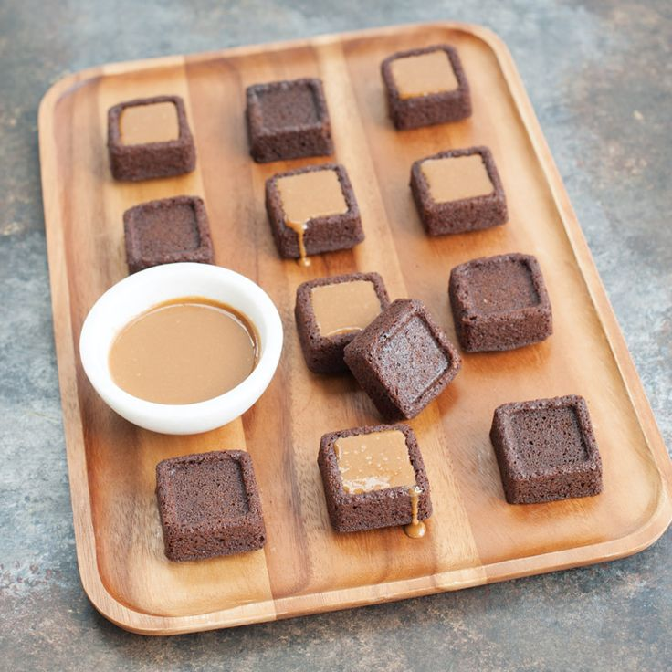 Can You Make Cakes In Brownie Bites Pans
