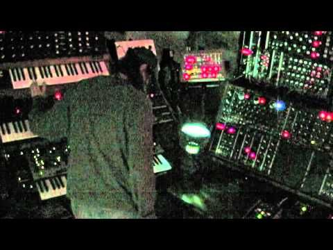 Only analog synthesizers !!!  http://www.bestmidicontrollers.org