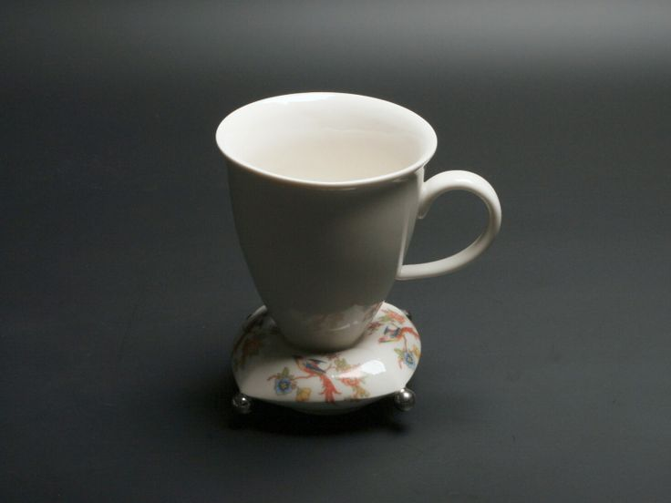 Jiří Hlušička, Pillow, porcelain