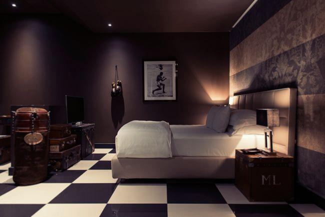 まもなくファッションシーズンの到来。9月~10月にかけて開催される4大コレクションに先駆けて、世界の経験豊富なトラベラーが愛用する宿泊予約サイト『Tablet Hotels』協力のもと、ミラノ、パリ、ロンドン、ニューヨークの最旬ホテルをご紹介。スタイリッシュなホテルを拠点にランウェイや展示会を回れば、気分が高まるだけでなく、新たなインスピレーションが生まれるはず。第二弾は、ミラノの最新おすすめホテルを5つ厳選してご紹介します。