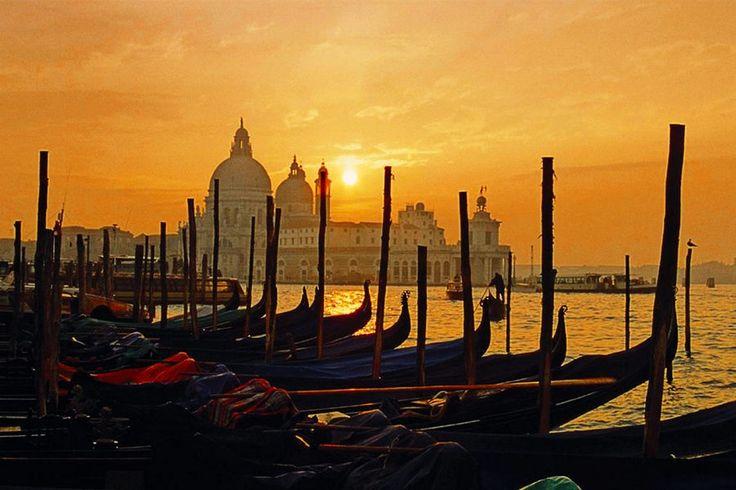 3 Tage im 4*Hotel Principe #Travador #Venedig  #Italien #Lagunen #Wippen #Sunset #Dom #Meer #Stimmung #Romantik #love #loveit #travel #fun