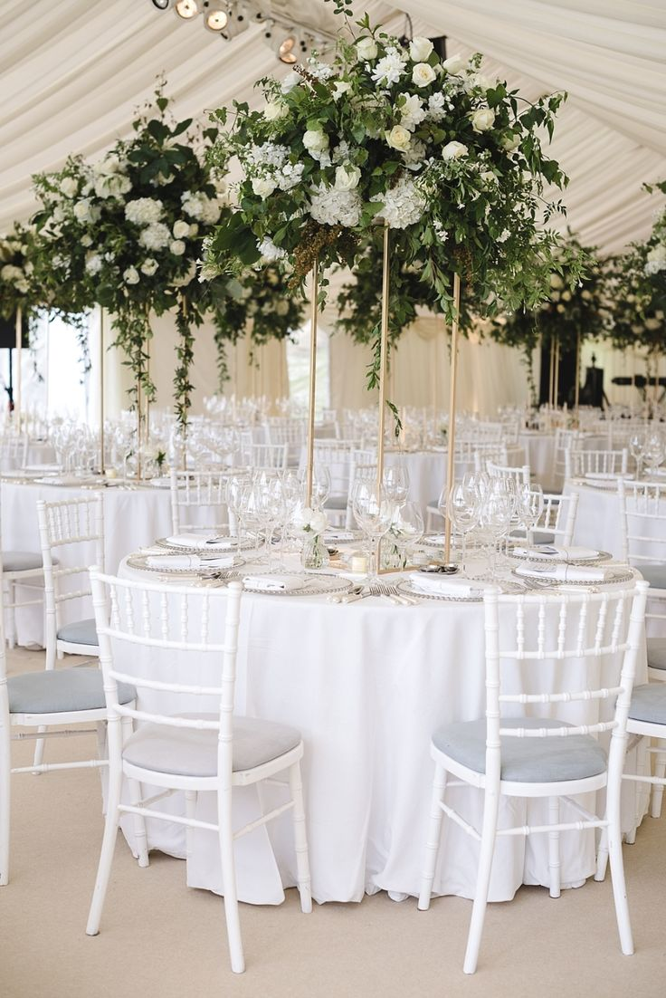Event Planning: Sue Prutting Bethesda, MD sdprutting@ - http://www.stylemepretty.com/portfolio/sue-prutting-bethesda-md-sdprutting@ Photography: Weddings by Nicola & Glen - weddingsbynicolaandglen.com   Read More on SMP: http://www.stylemepretty.com/destination-weddings/2016/10/31/elegant-at-home-british-wedding/