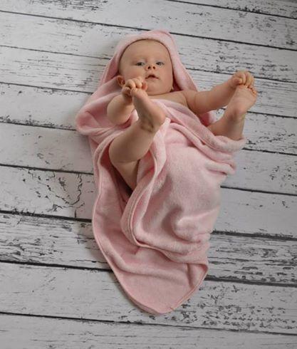 Mały Miki - pozycja jogi na dobry początek dnia