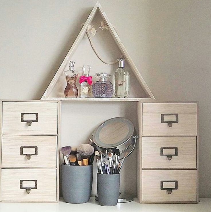 Cute makeup set up