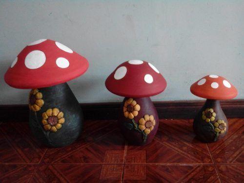 Hongos De Ceramica Pintados Buscar Con Google Clay