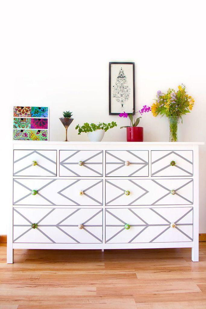 Diy Comment Relooker Une Commode Avec Du Papier Contact Hack Commode Ikea Diy Ikea Et Film Adhesif Decoratif