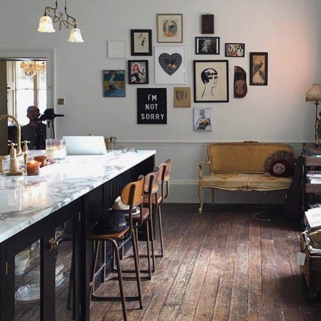 Dreamy kitchen goals via @pearllowe  #peekaboo #vintage #pearllowe #kitchen #goals #sundayscrolling #love #inspo #peekaboovintage ##devolkitchens  Peekaboovintage.com