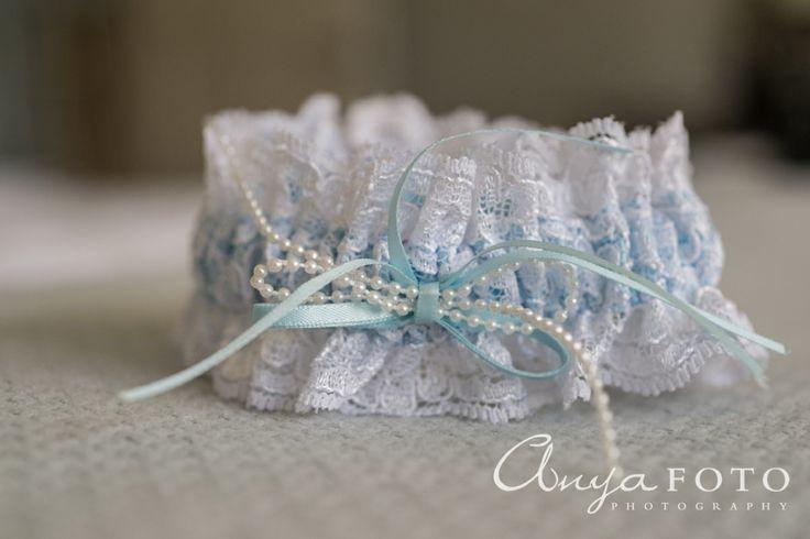 anyafoto.com, #wedding, wedding garters, bridal garters, lace wedding garters, white lace wedding garters, blue ribbon wedding garters, #somethingblue