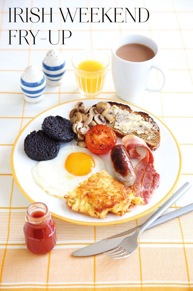 A Full Irish Breakfast Recipe For St. Patrick's Day... but where are the beeeaaaannnsss????