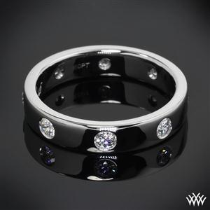 Simple design meets big sparkle with this 4mm Diamond Wedding Ring. Set in platinum, this ring features 8 A CUT ABOVE® Hearts and Arrows Diamond Melee