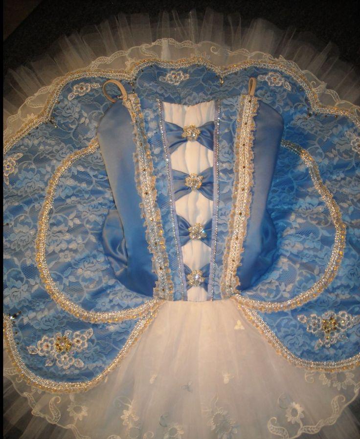 Cinderella tutu by Heather Lerma www.theworlddances.com #costumes #dance