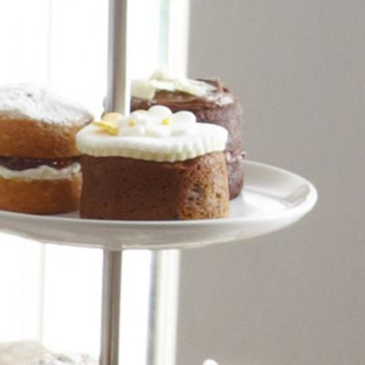 A Lakeland recipe for Mini Easter or Christmas Fruit Cakes, happy cooking!