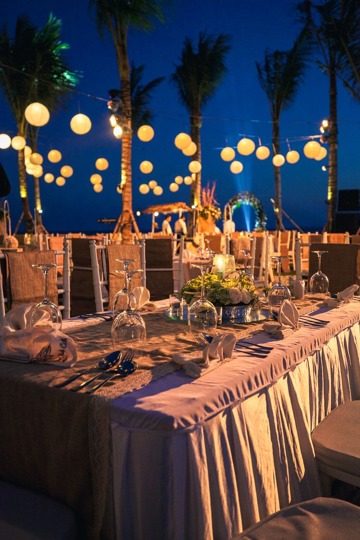 A night time oceanfront reception in our garden https://goo.gl/hSiWJq