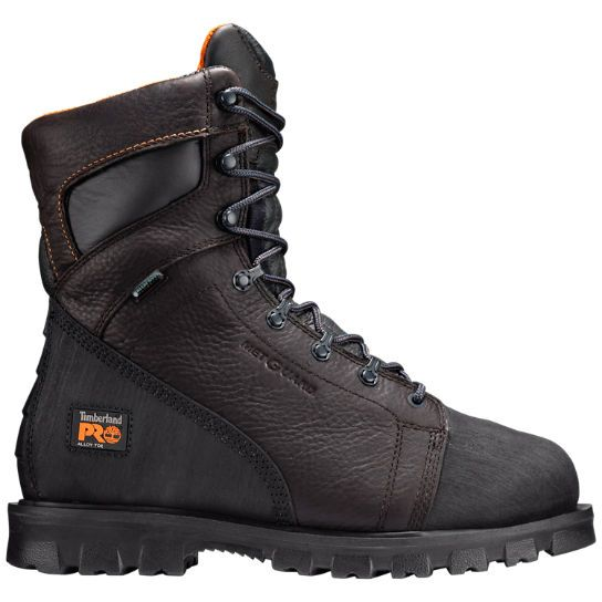 The Timberland PRO Rigmaster series of safety toe work boots provides workers in the oil and gas industries with exceptional traction.