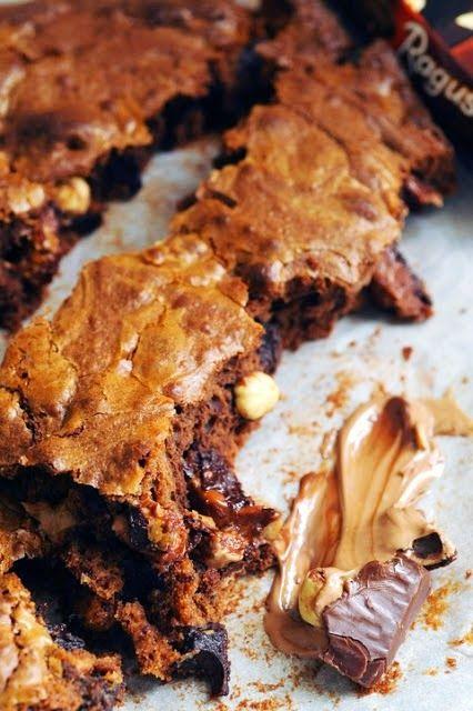 Le vendredi c'est retour vers le futur... Brownie suisse furieusement chocolat et praliné aux noisettes parce que souvent tout revient à la... bouffe !