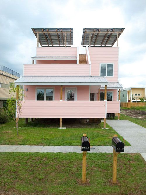 Frank Gehry's first house completed in New Orleans' Lower Ninth Ward for Brad Pitt's Make It Right Foundation