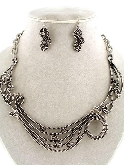 zipper necklace & earrings.