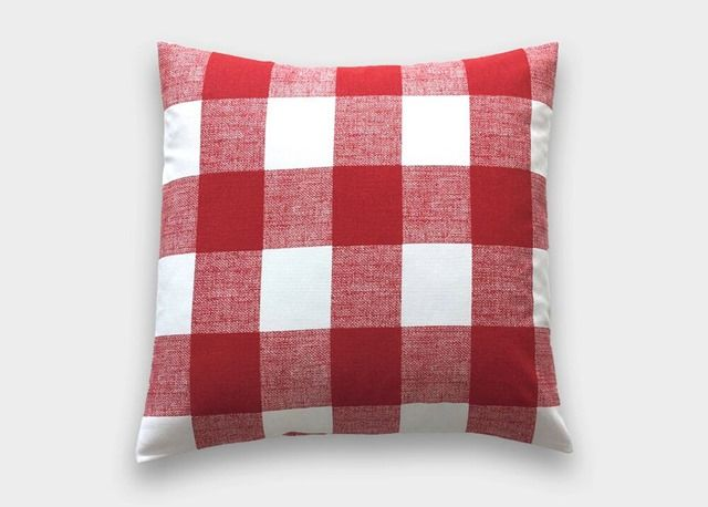 10 (Christmas) Things I'm Loving On Etsy - Cyber Monday special: buffalo check pillows for $13.50!