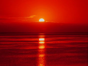 Cute Candy Hd Wallpapers Fifty Shades Of Red Shade 17 Sunset Red Red Letter