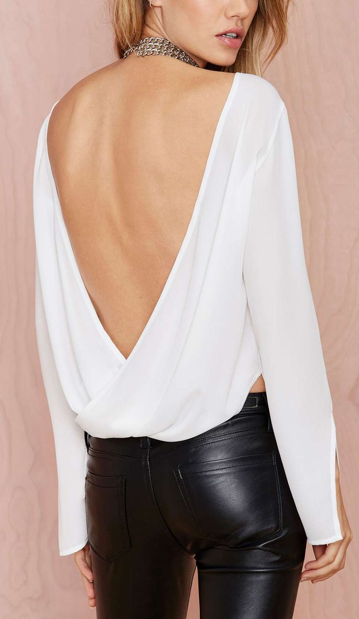 With a strict posture and good skin,  anyone can wear this,  how beautiful