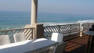 Isikulu 44   Umdloti Beach Accommodation