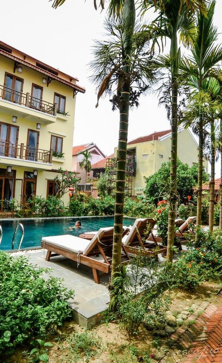 Ein tropisches Paradies erwartet euch in der Villa Orchid Garden Riverside in Hoi An, Vietnam.