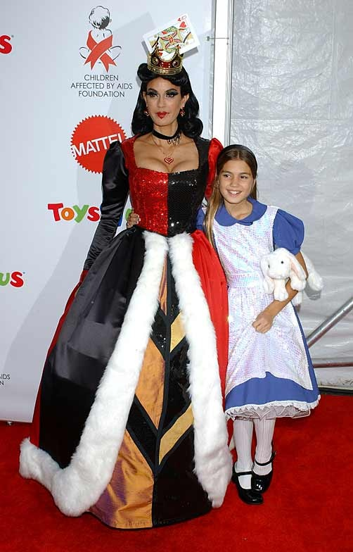 I told Audrey we should do this but nooooooooo, she\u0027s too cool - mother daughter halloween costume ideas