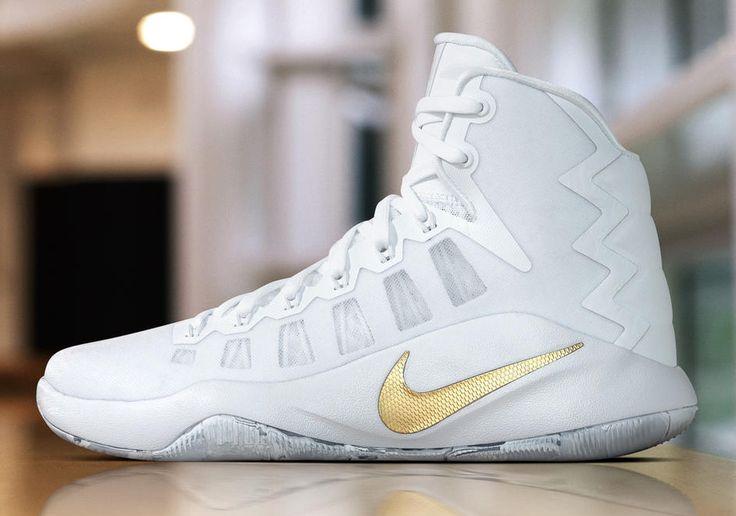 Nike Basketball Christmas 2016 NBA PE Shoes | SneakerNews.com