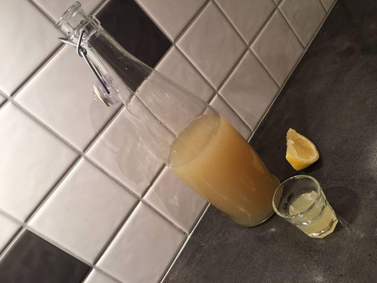 En shot varje morgon gör susen och det känns verkligen som att man dricker något starkt, nyttigt...