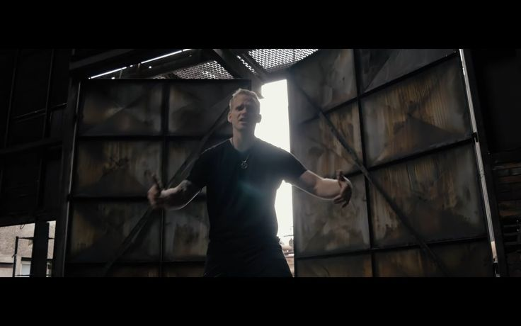 Marcus Revolta ft. Markéta Konvičková - Věř si (prod. Revolta)